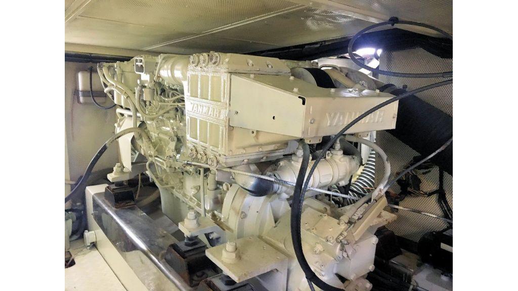 Custom Trawler (43)