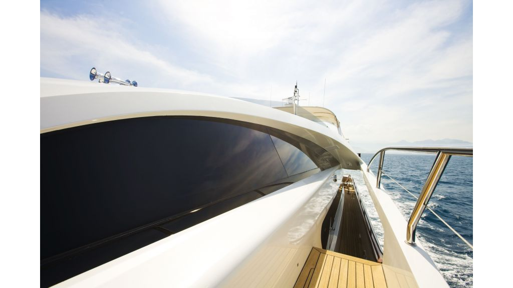 Life Style Motor Yacht (10)