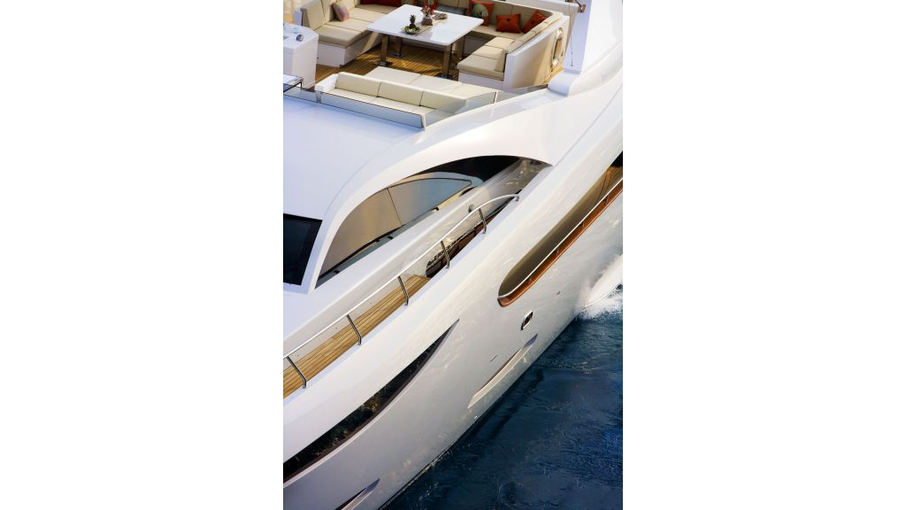 Life Style Motor Yacht (11)