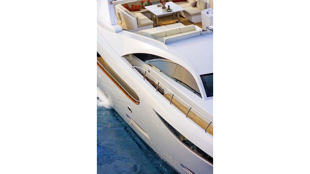 Life Style Motor Yacht (39)