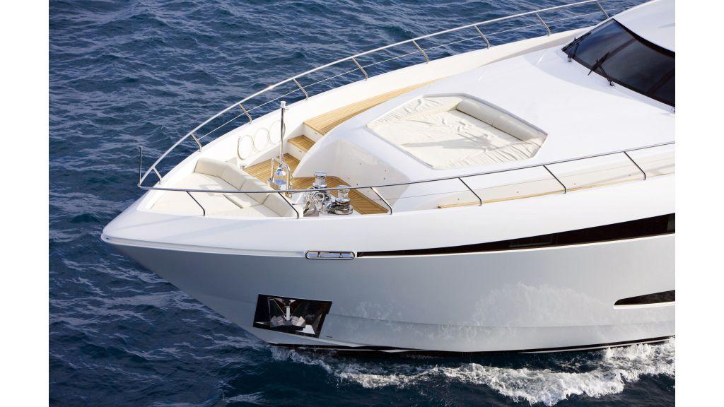 Life Style Motor Yacht (40)