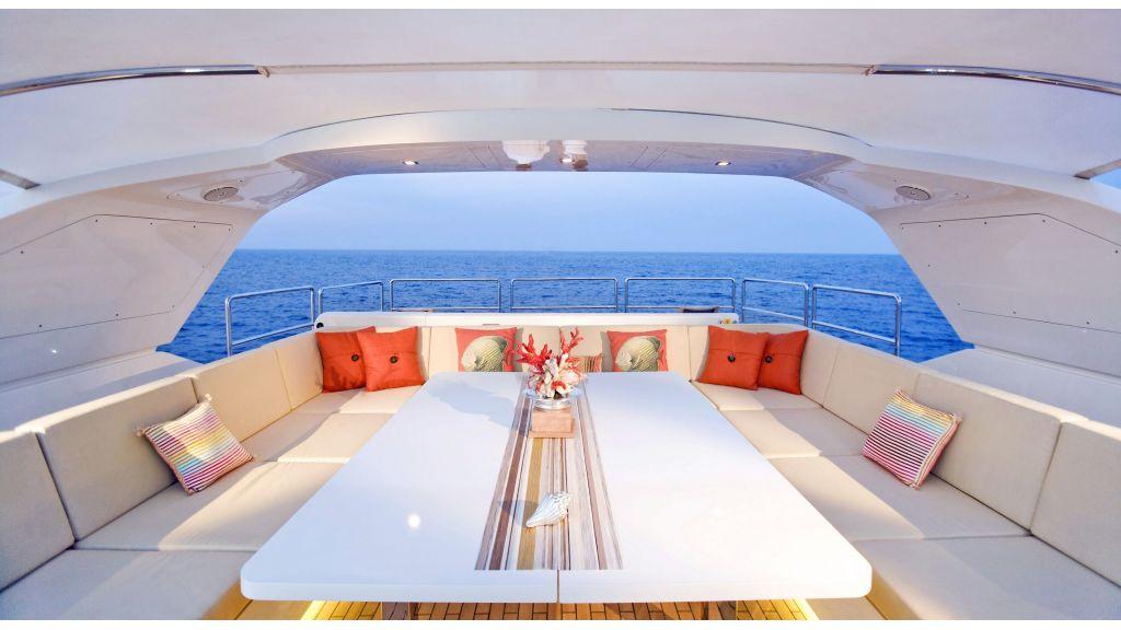 Life Style Motor Yacht (41)