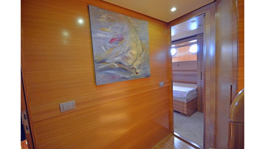 Sanlorenzo 100ft Motor Yacht (16)
