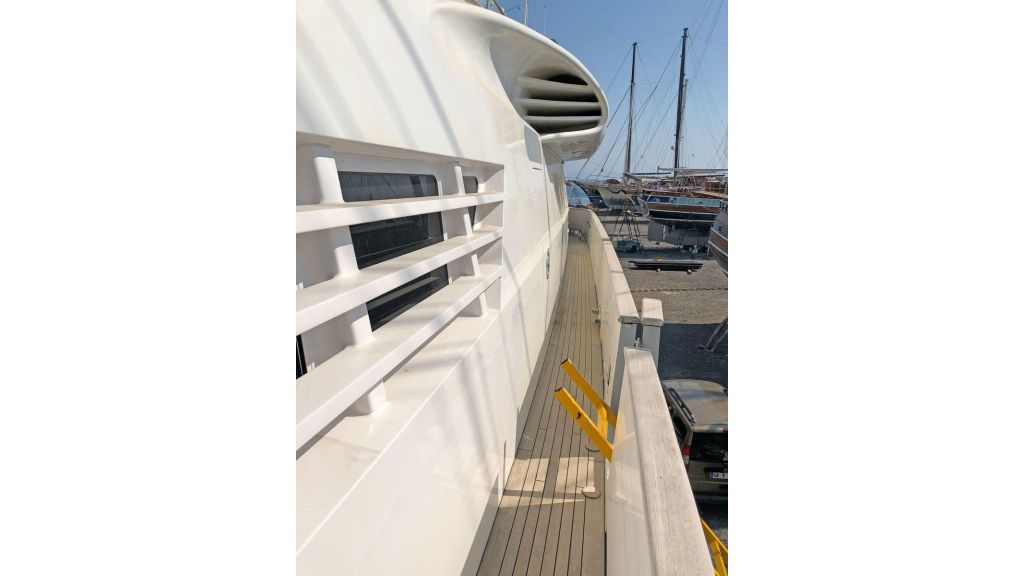 Vitters 100 Motor Yacht (83)