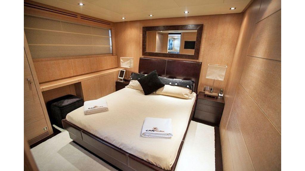 Canpark Motor Yacht (14)
