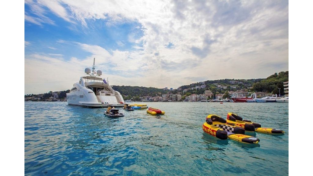 Canpark Motor Yacht (19)