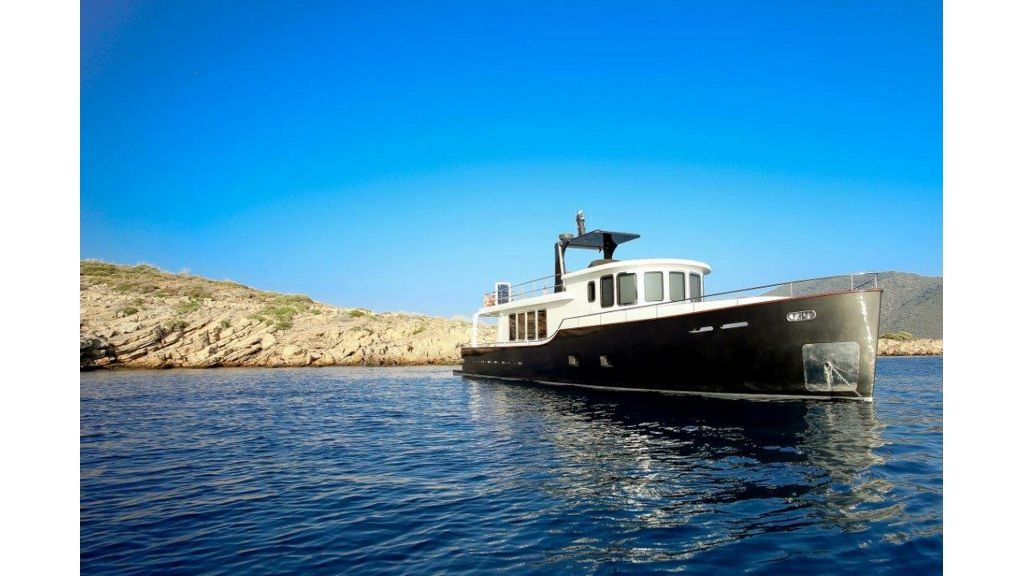 Custom Built Trawler (62)