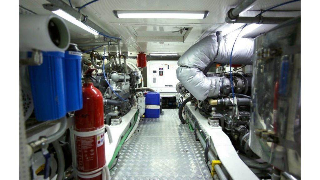 custom-built-trawler-77 (6)