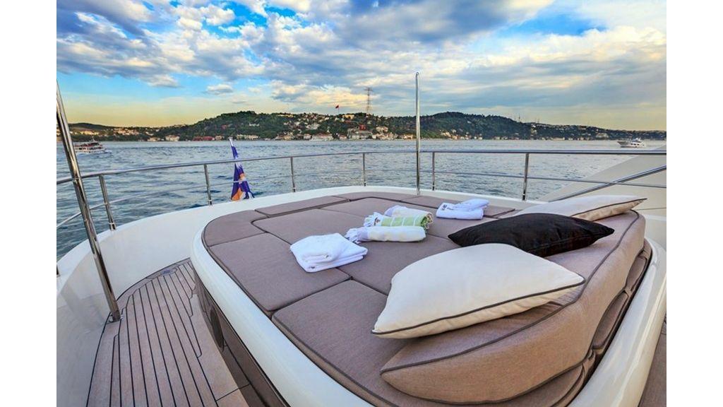 Isa Motor Yacht (27)