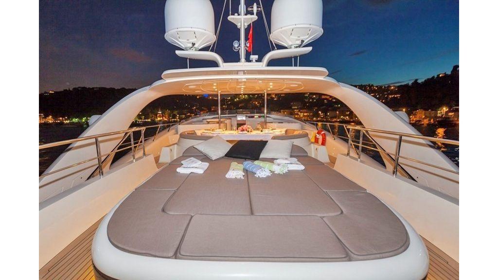 Isa Motor Yacht (29)