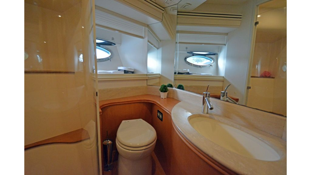 Pershing 88 For Charter (27)
