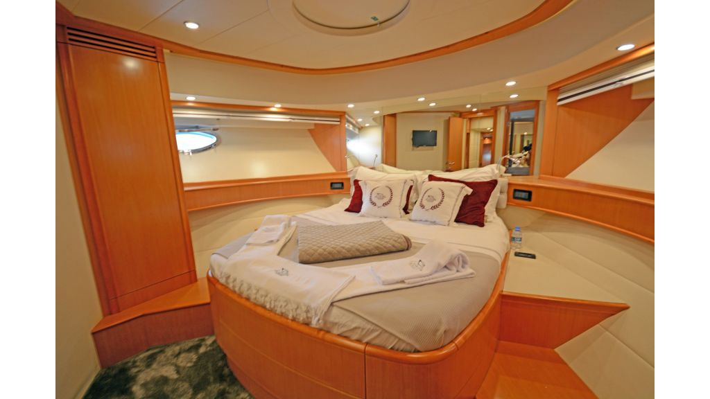 Pershing 88 For Charter (29)