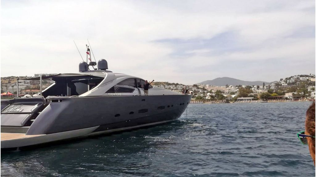 Pershing 88 For Charter (3)