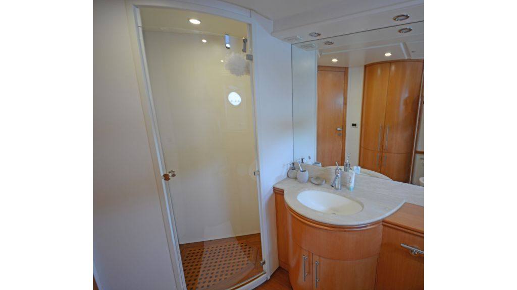 Pershing 88 For Sale (12)