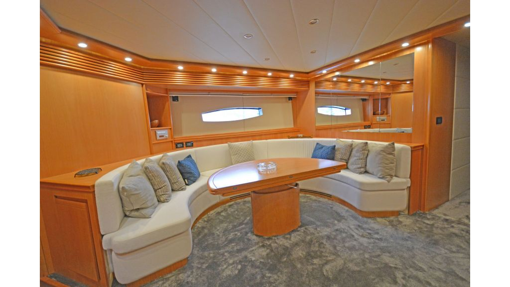 Pershing 88 For Sale (7)