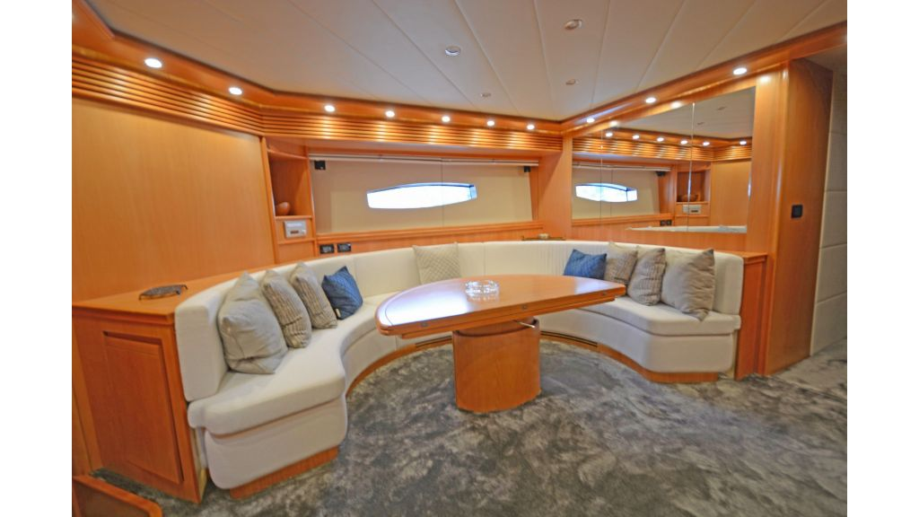 Pershing 88 For Sale (8)