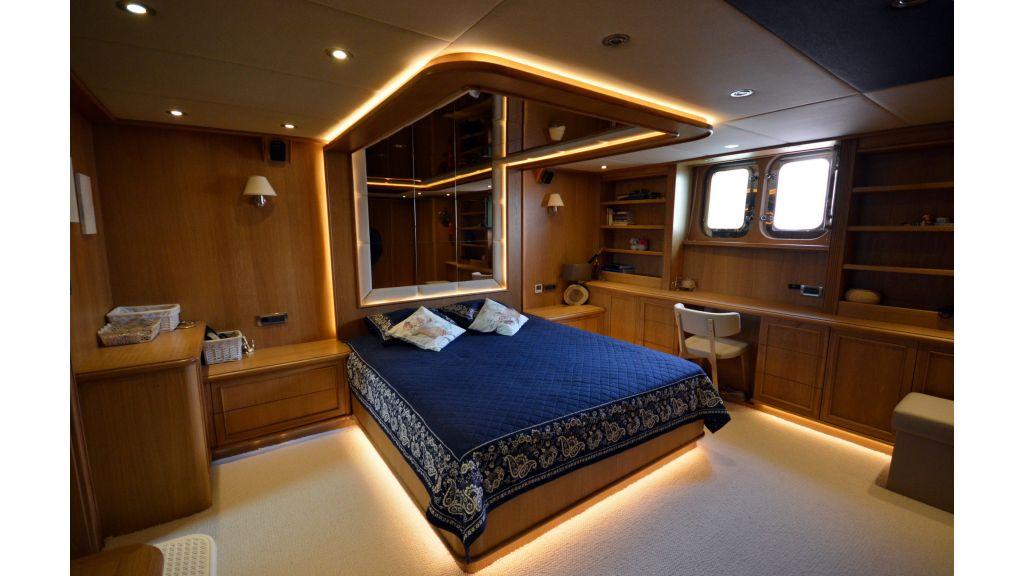Steel Hull 30m Trawler (36)