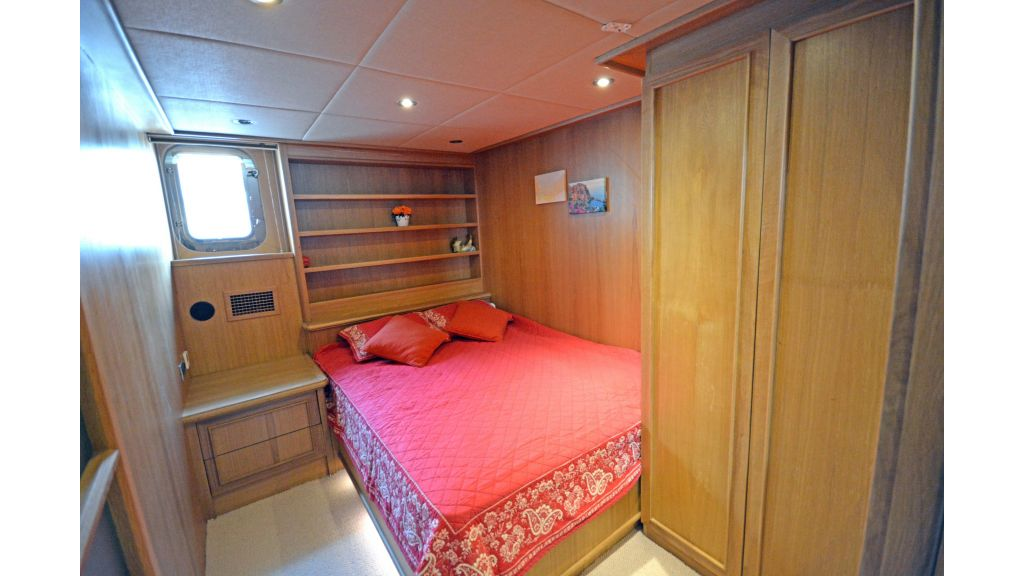Steel Hull 30m Trawler (51)