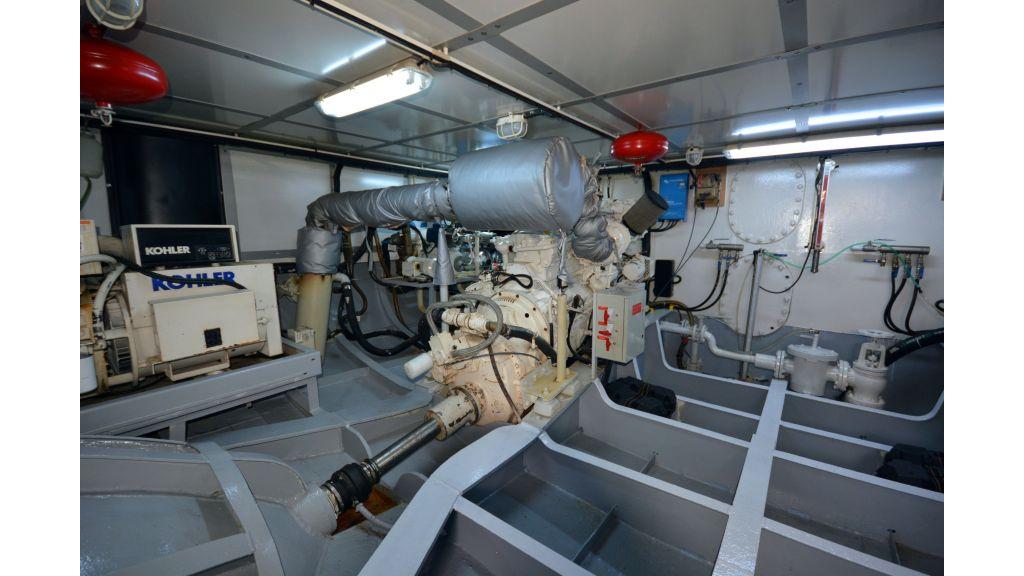 Steel Hull 30m Trawler (63)