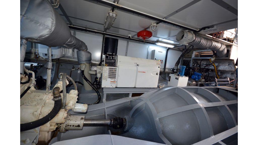 Steel Hull 30m Trawler (65)