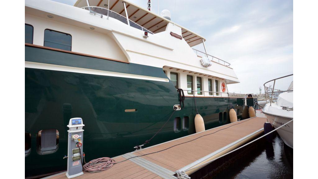 Steel Hull 30m Trawler (70)