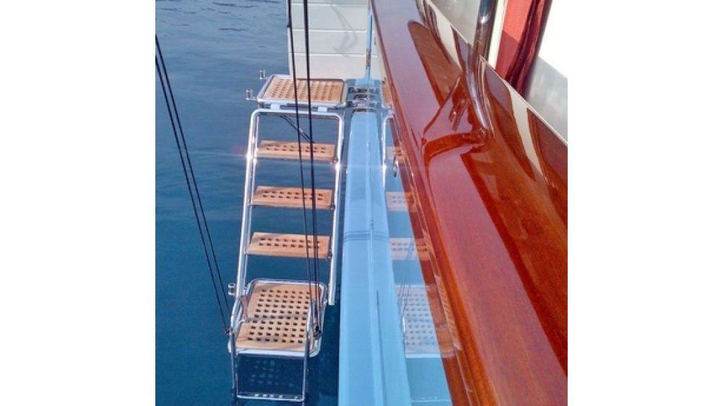 Larimar-Classic-Motoryacht-(21)