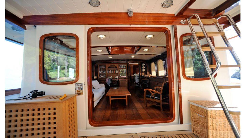 Larimar-Classic-Motoryacht-(22)