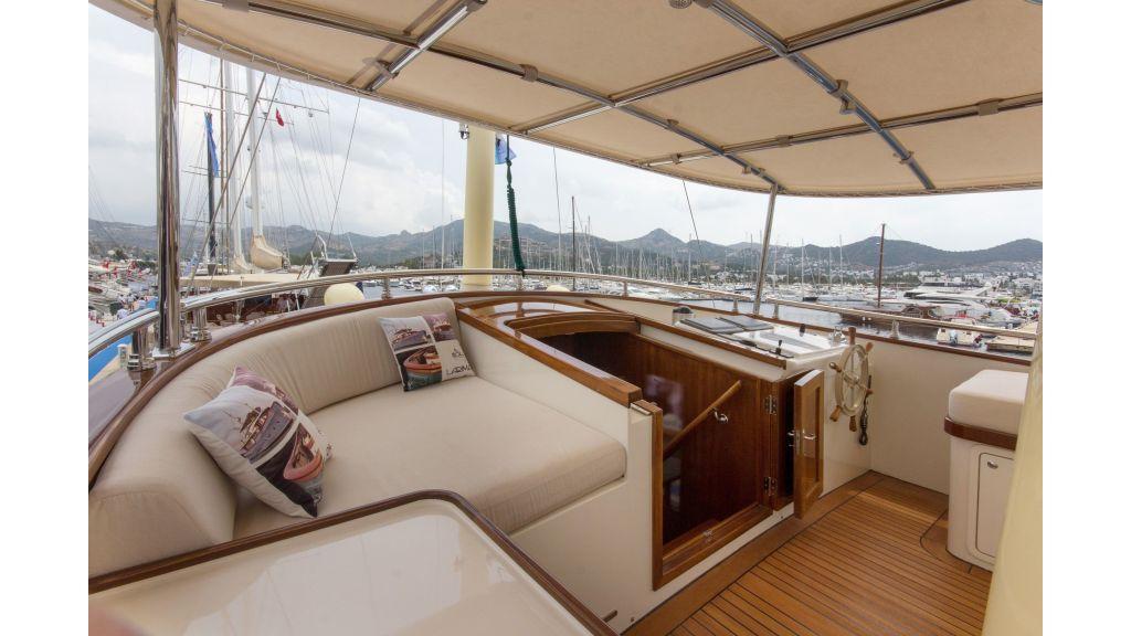 Larimar Motor Yacht (15)