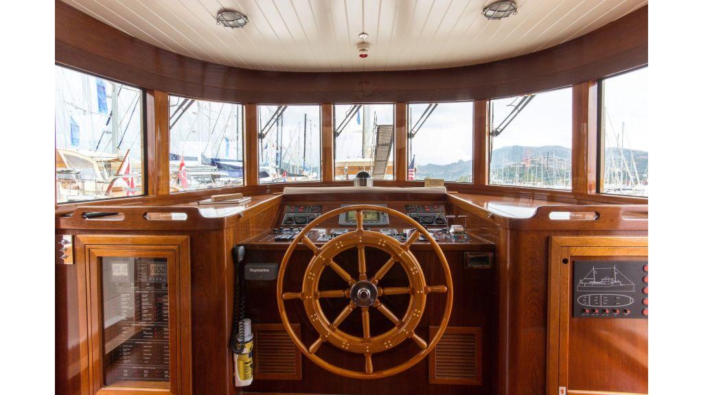 Larimar Motor Yacht (16)
