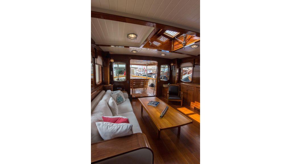 Larimar Motor Yacht (20)