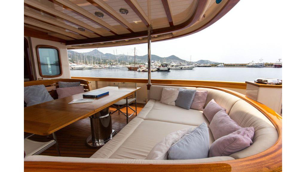 Larimar Motor Yacht (25)