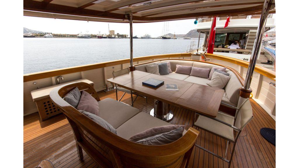 Larimar Motor Yacht (26)