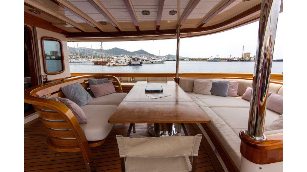 Larimar Motor Yacht (27)
