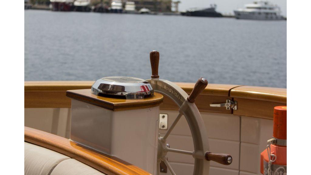 Larimar Motor Yacht (28)