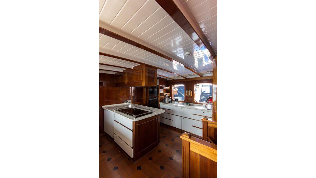Larimar Motor Yacht (34)