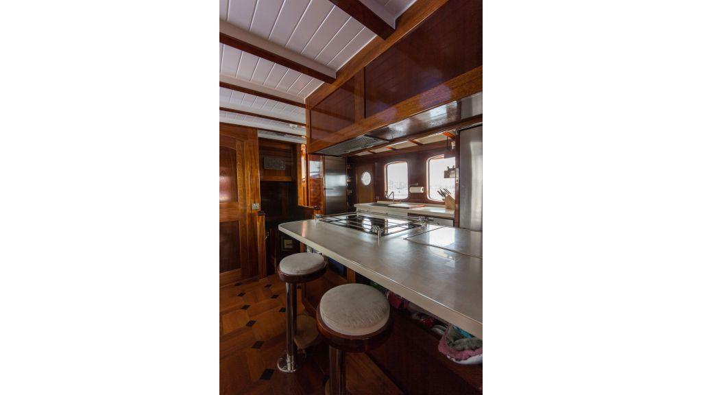 Larimar Motor Yacht (35)