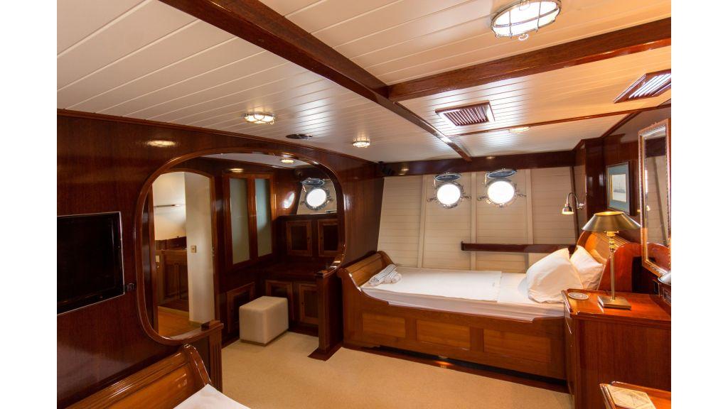 Larimar Motor Yacht (5)