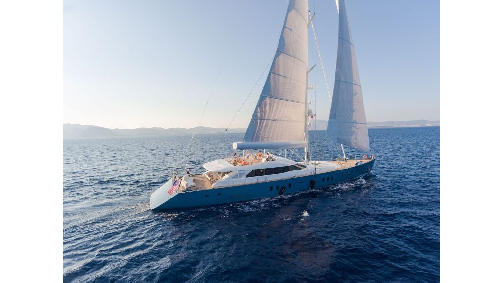 Sailing Yacht All About U (17) - master