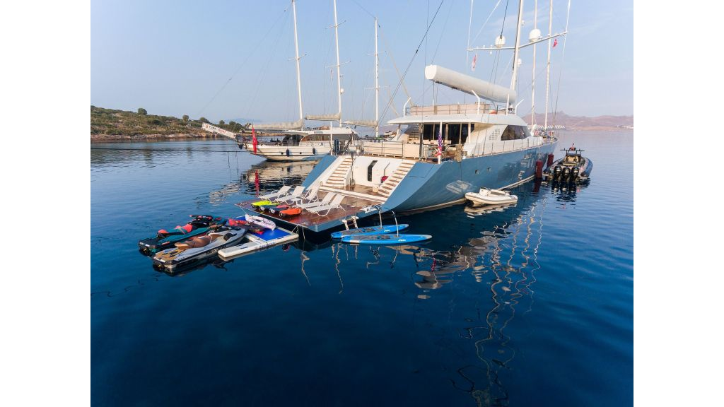 Sailing Yacht All About U (33)