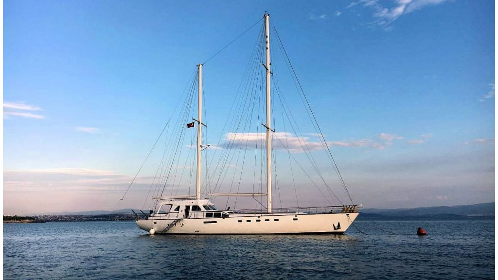 Sailing Yacht Eloa (2) - master