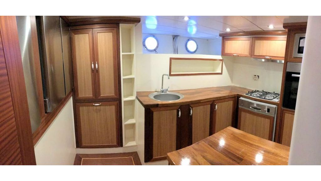 Sailing Yacht Eloa (22)