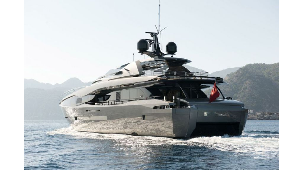 FX Motor Yacht (1)