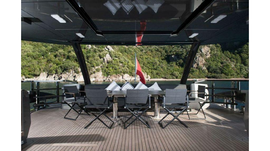 FX Motor Yacht (2)