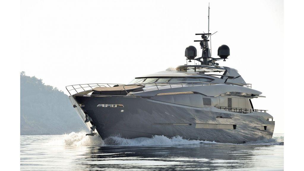 FX Motor Yacht (26)