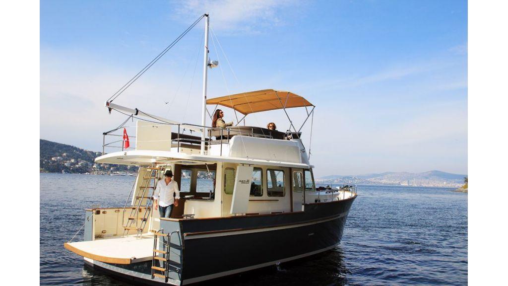 Rhea Trawler 36 (1)