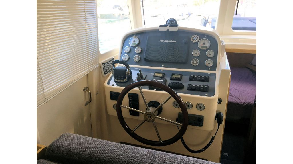 Rhea Trawler 36 (40)