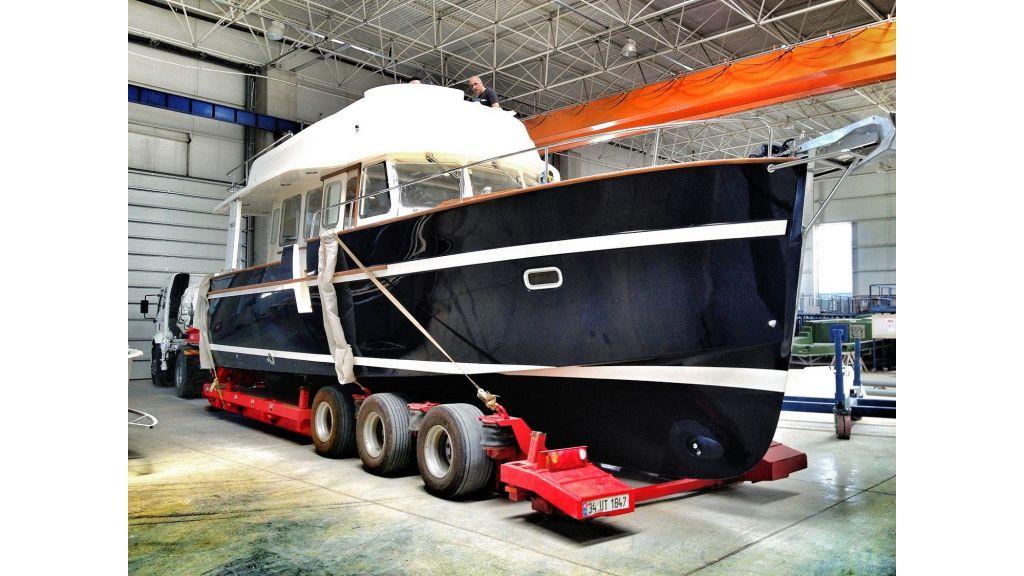 Rhea Trawler 36 (5)