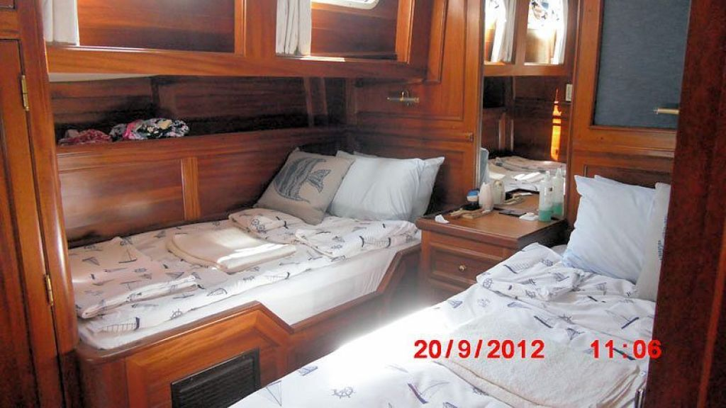 Steel Hull Ketch Rigged (12)