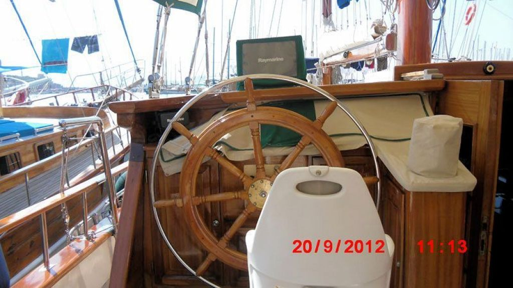 Steel Hull Ketch Rigged (8)