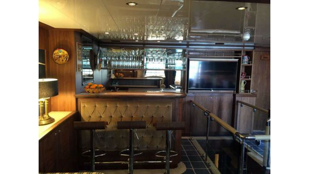 Bandido 90ft Trawler For Sale (15)